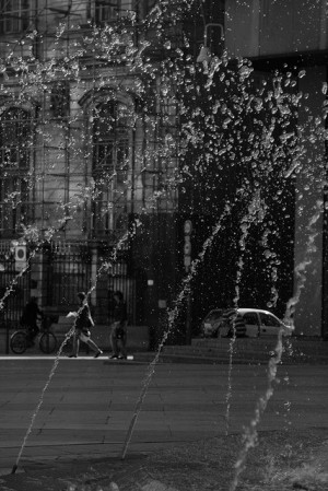 fontaine place louis pradel lyon