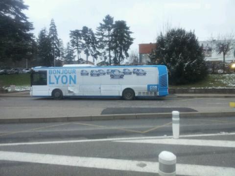 bus bonjour lyon car 2 go
