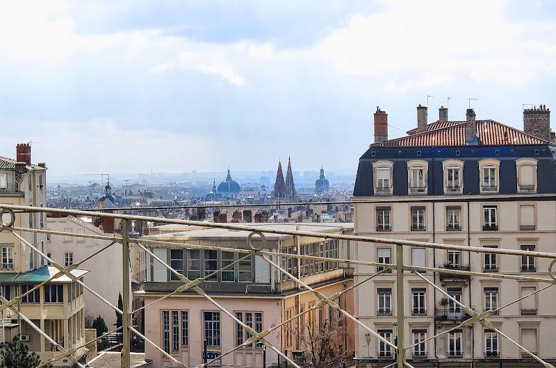 Photo de la vue sur lyon depuis le jardin des plantes - Gare de lyon jardin des plantes ...
