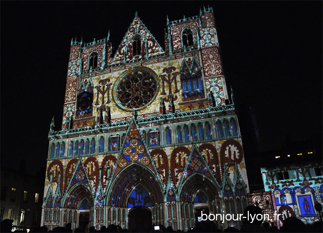 cathedrale st jean fete lumieres