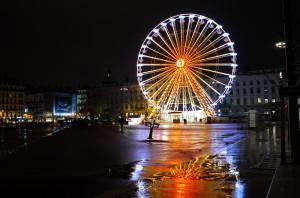 grande roue bellecour nuit