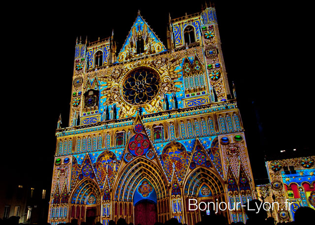 photo cathedrale st jean fete des lumieres lyon