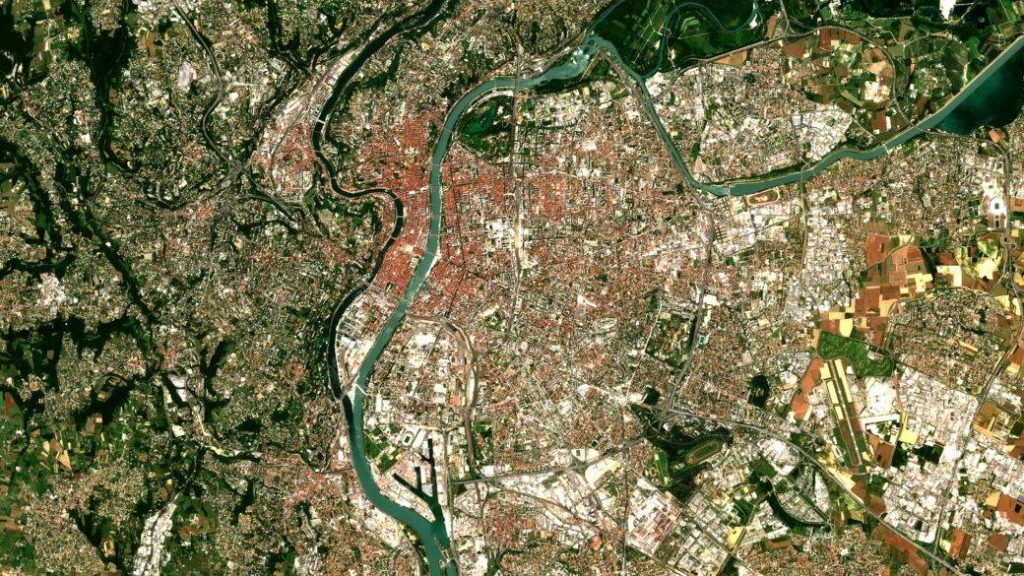 lyon photo satellite