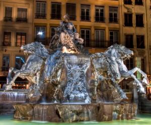 photo fontaine bartholdi terreaux lyon