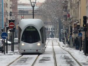 Photo tramway neige à Lyon